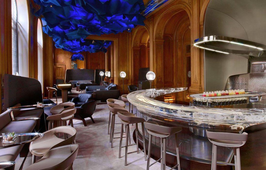 Bar Plaza Athenée, Paris